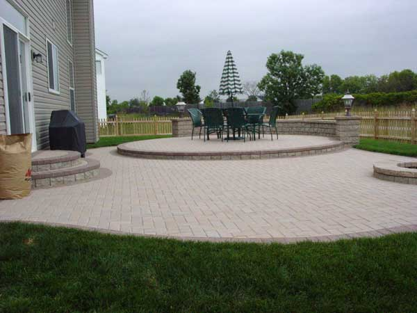 ... Holland Raised Patio With Solid Boarder ...